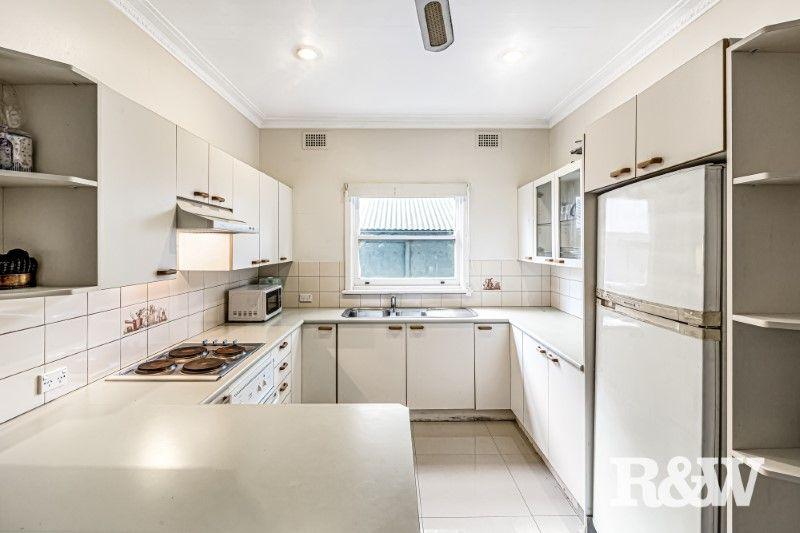 15 Irelands Road, Blacktown NSW 2148, Image 2