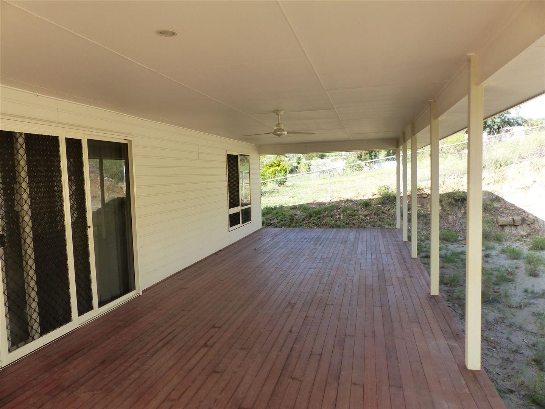 28A Bridge Street, Taroom QLD 4420, Image 2