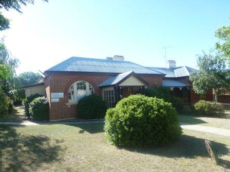 42 Marsden, Boorowa NSW 2586, Image 0