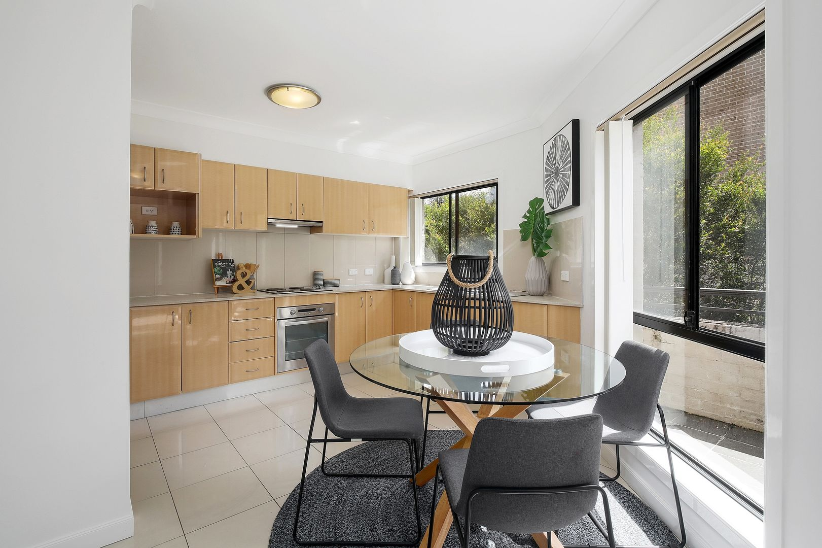 4/7 Shortland Street, Point Frederick NSW 2250, Image 2