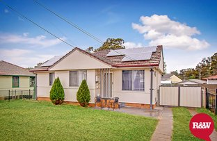 Picture of 11 Rotorua Street, Lethbridge Park NSW 2770