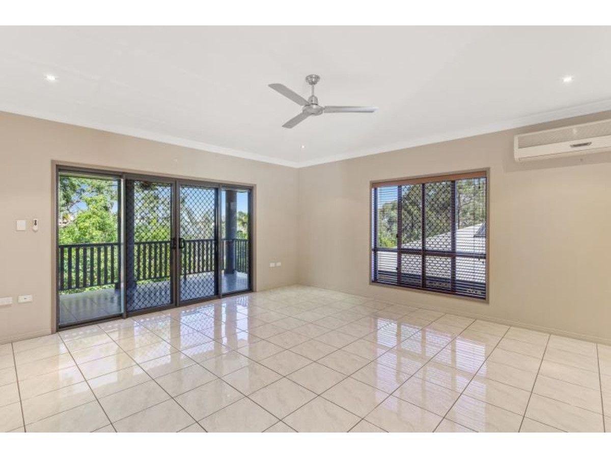 16 Julie Crescent, Norman Gardens QLD 4701, Image 2