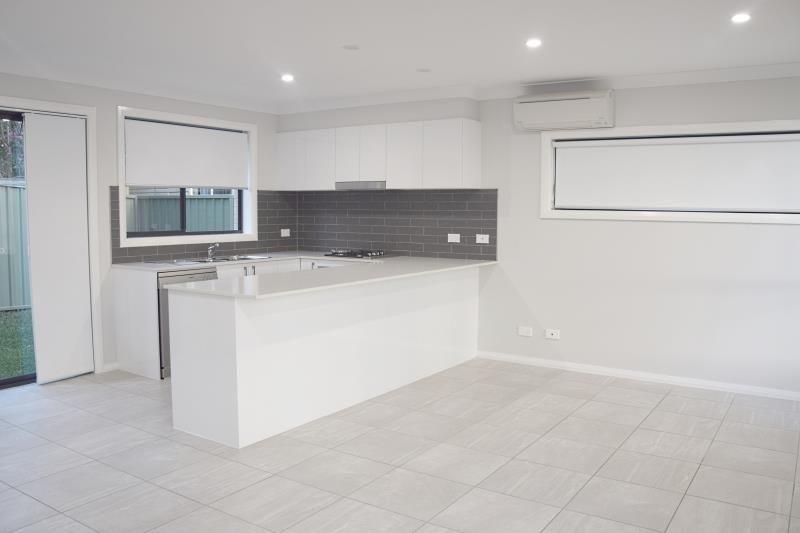 2/22a Darwin Street, Beresfield NSW 2322, Image 1
