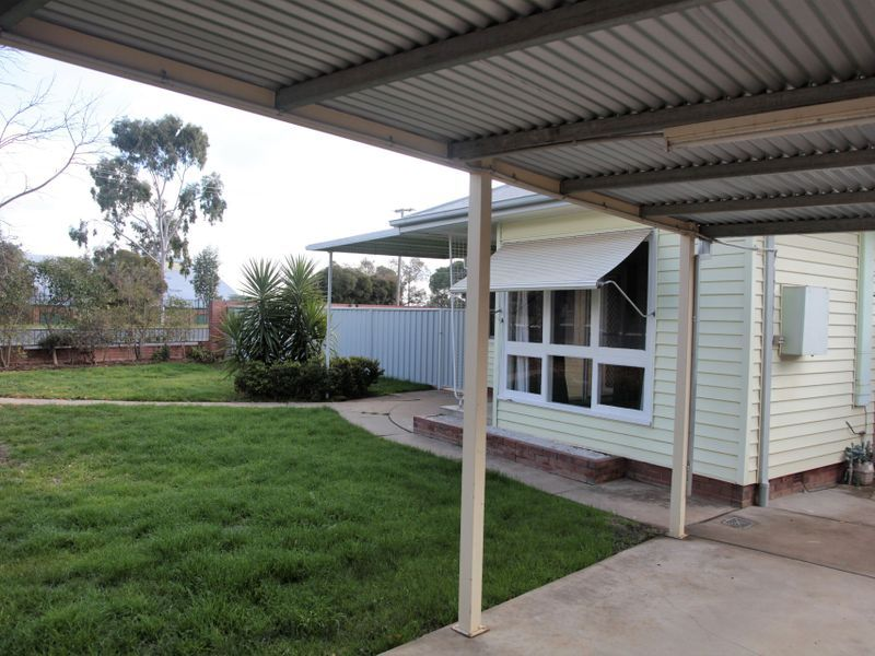41 Lindsay Street, Turvey Park NSW 2650, Image 1