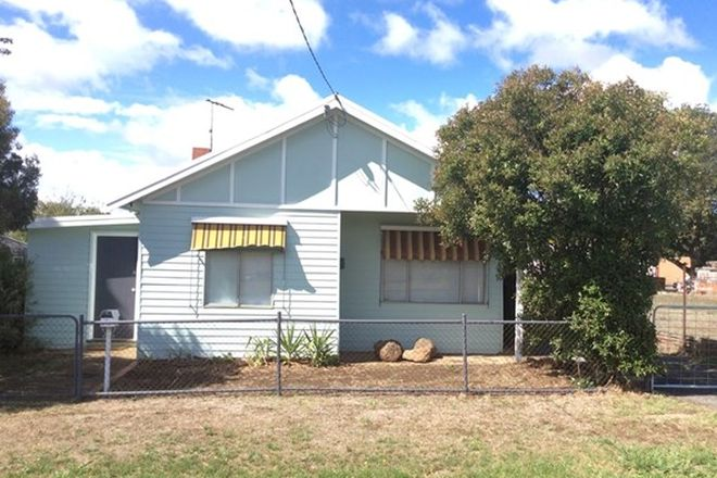 Picture of 6 Pohlman Street, ROMSEY VIC 3434