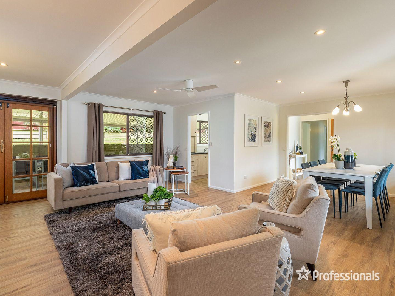 3 Umbana Court, Ferny Hills QLD 4055, Image 2