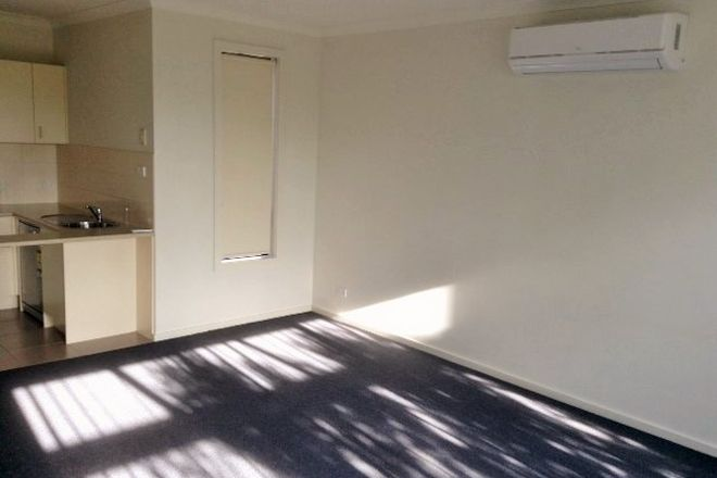Picture of 4/9 Petrea Place, HARKNESS VIC 3337