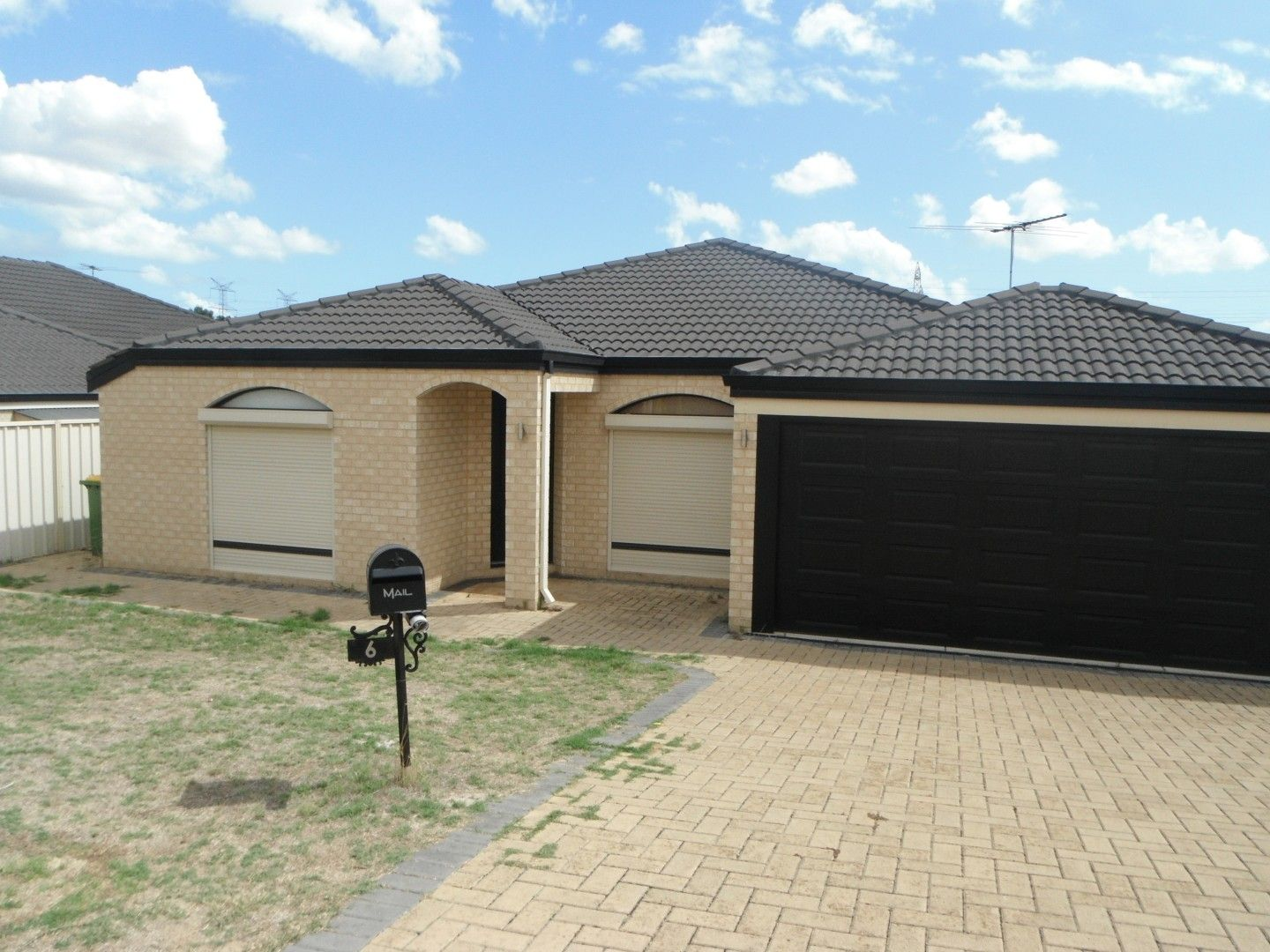 6 Dongara Way, South Lake WA 6164, Image 1