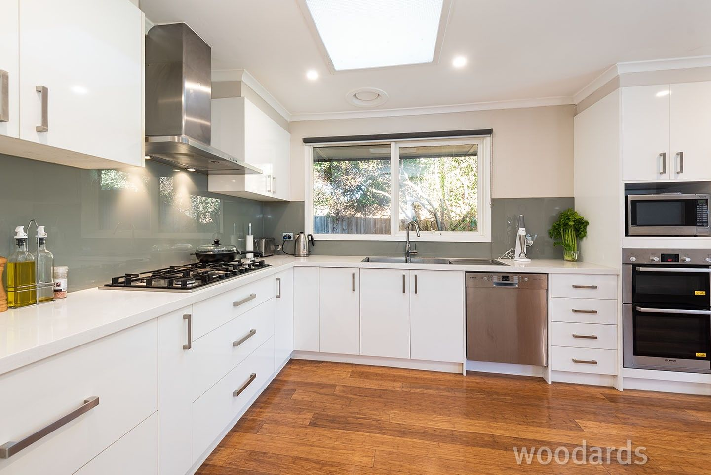 12 Box Avenue, Forest Hill VIC 3131, Image 2