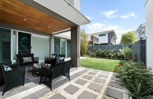 Picture of 58 Waterline Crescent, Bulimba QLD 4171