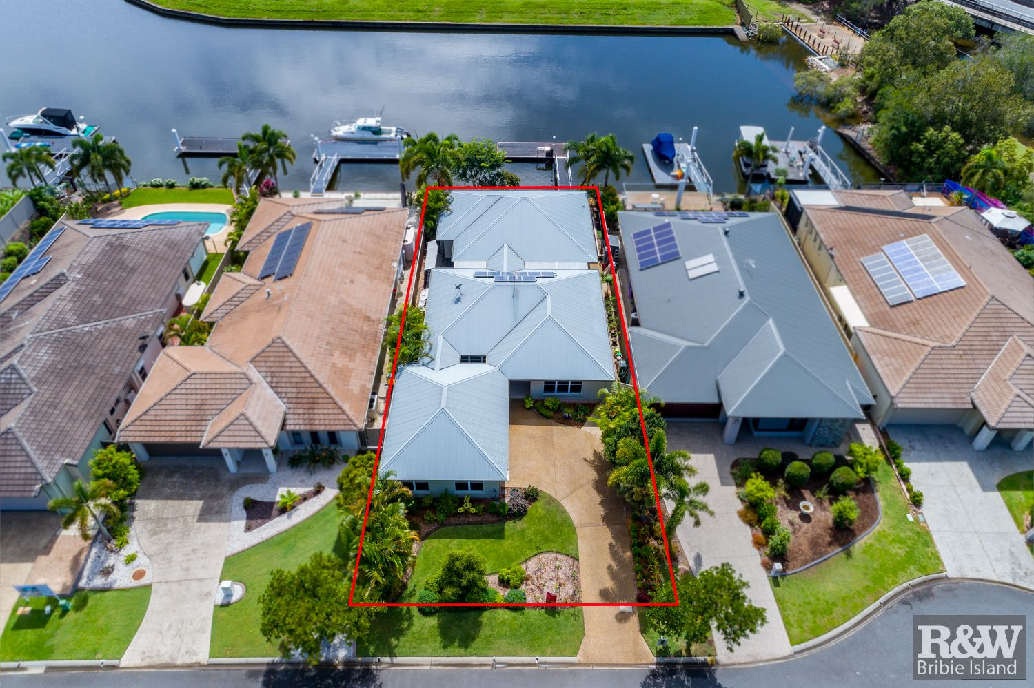 19 The Landing, Banksia Beach QLD 4507, Image 0
