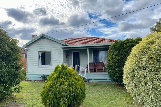 Picture of 14 Roberts Street, CASTERTON VIC 3311