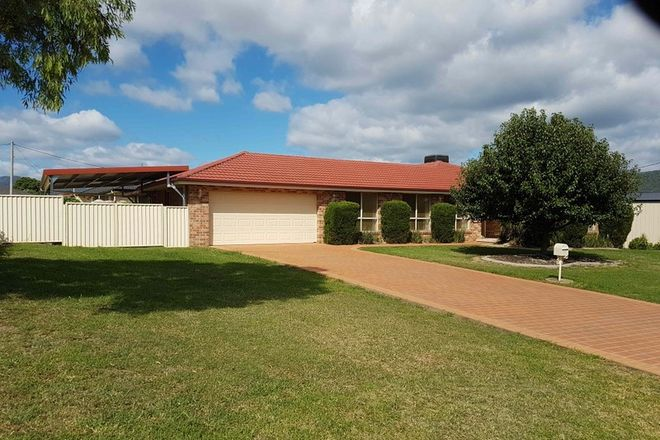 Picture of 5 GREVILLEA CRESCENT, KOOTINGAL NSW 2352