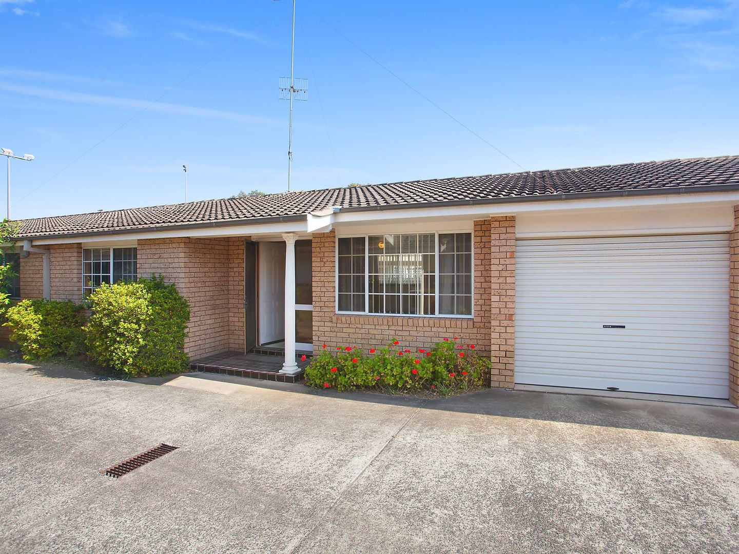 2/16 Fraser Road, Long Jetty NSW 2261, Image 0