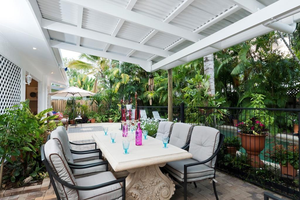 3 Oliva Street, Palm Cove QLD 4879, Image 2