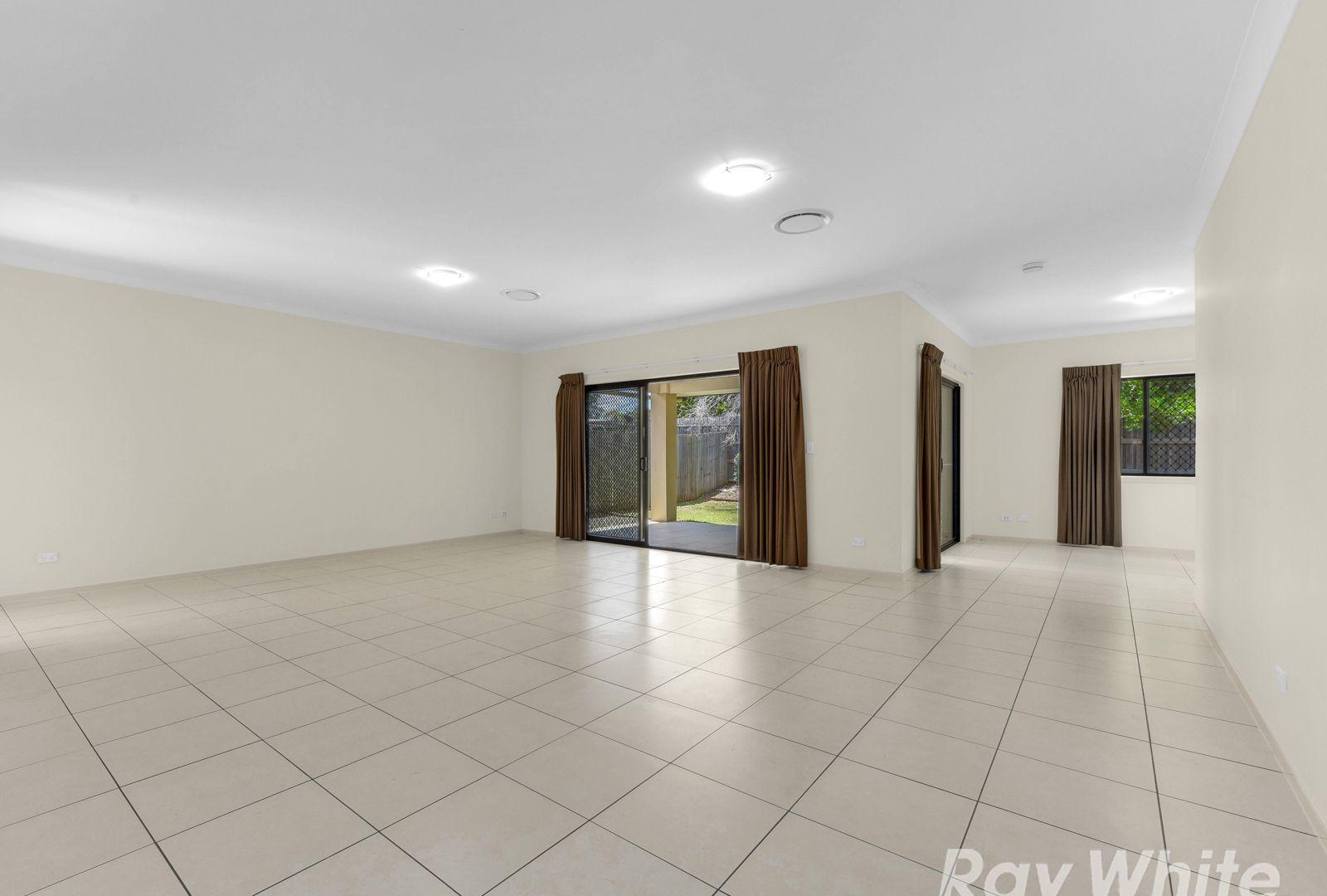 16 Whyalla Crescent, Bracken Ridge QLD 4017, Image 2