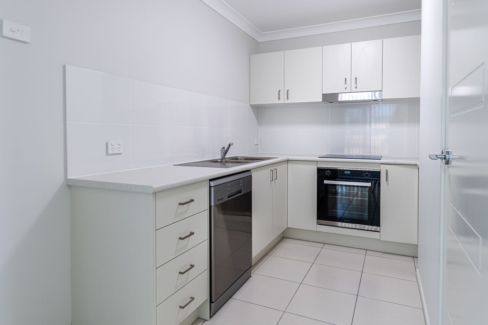 2/22A Macaranga Street, Marsden QLD 4132, Image 1