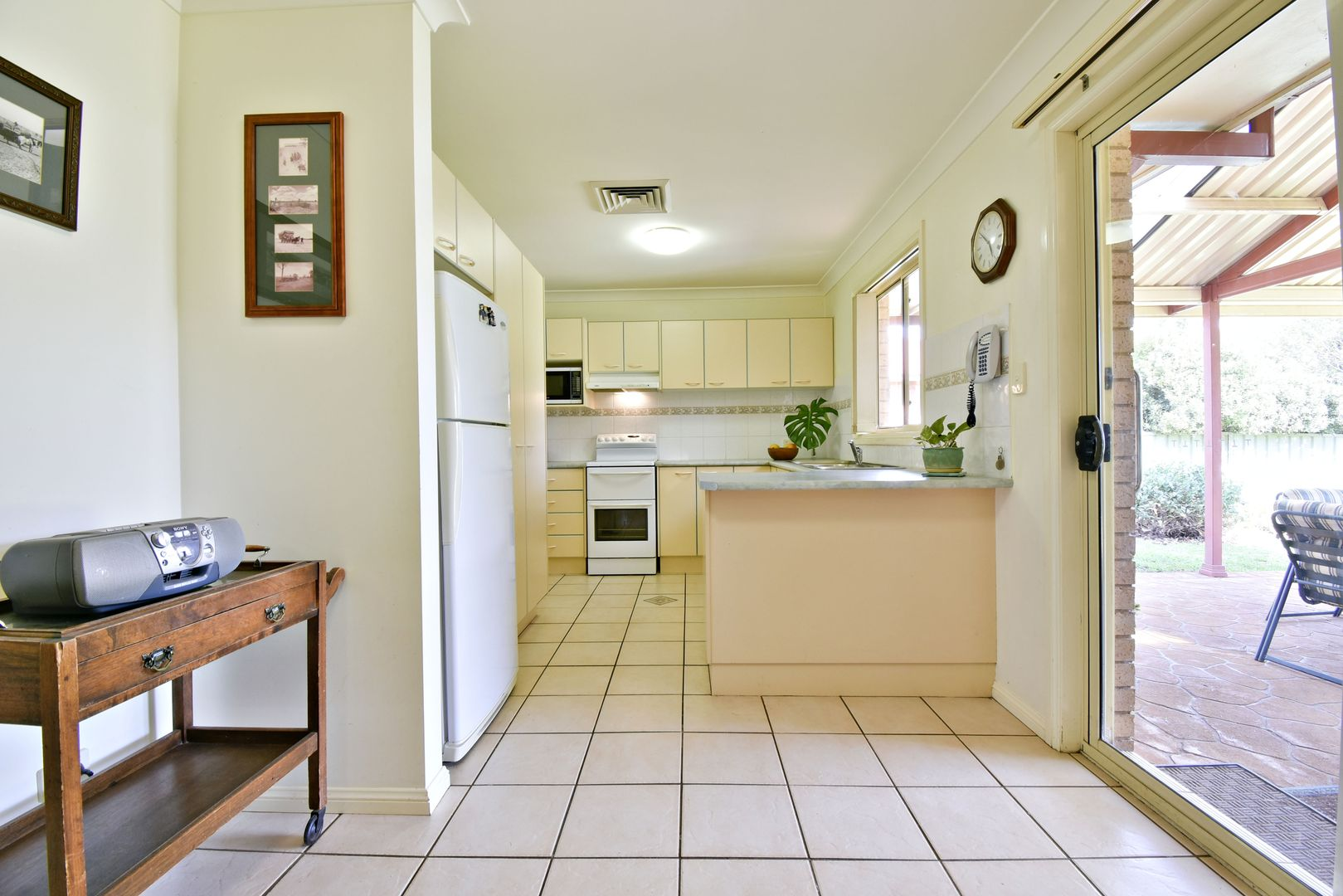 3 Castlereagh Avenue, Dubbo NSW 2830, Image 2