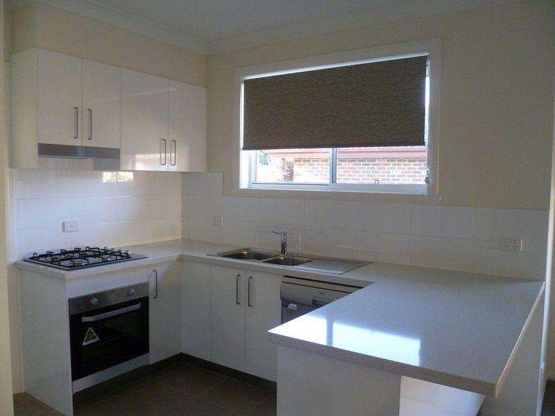 Unit 2/42 Autumn Street, Orange NSW 2800, Image 2