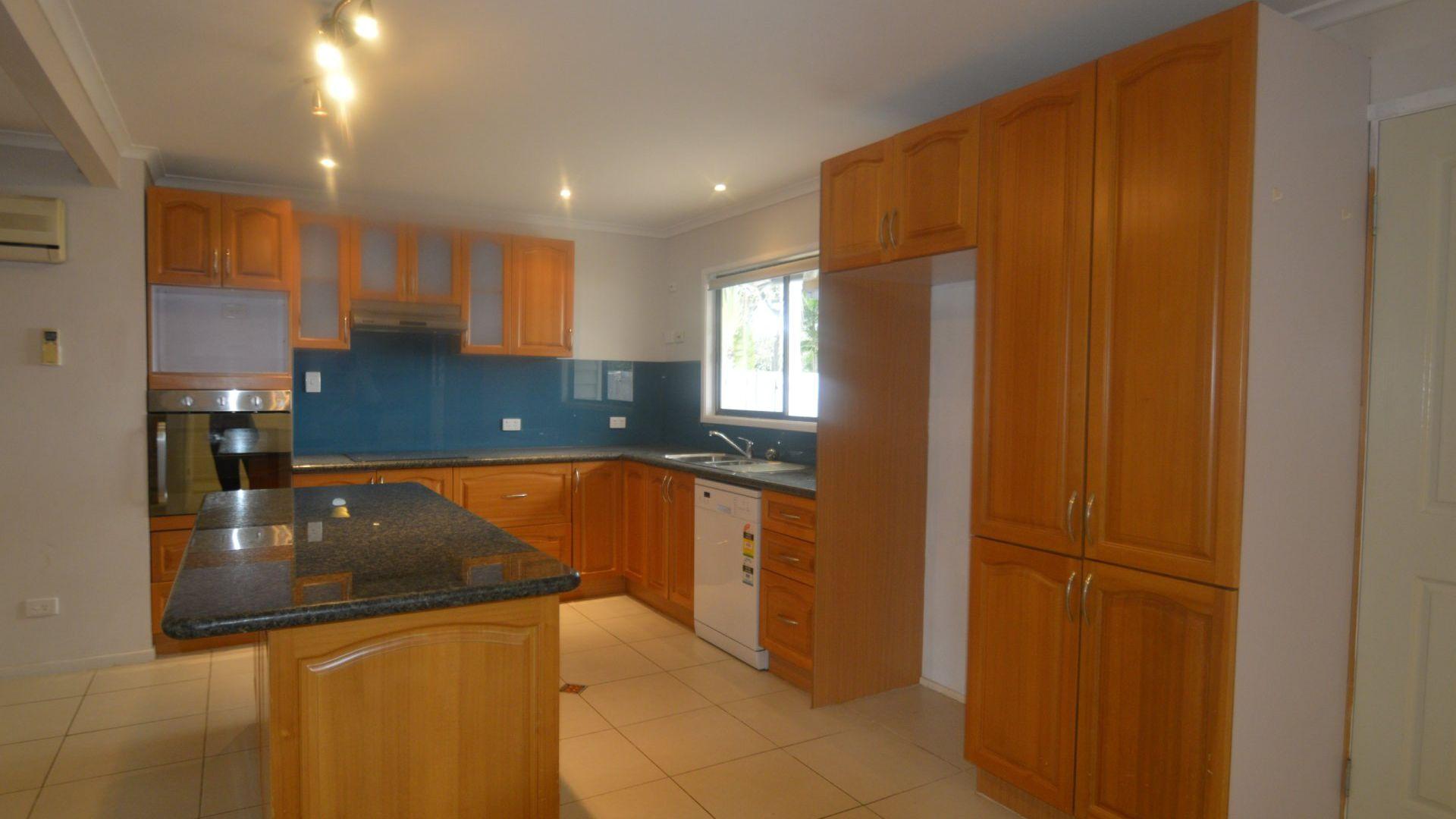 33 Doretta Street, Shailer Park QLD 4128, Image 1