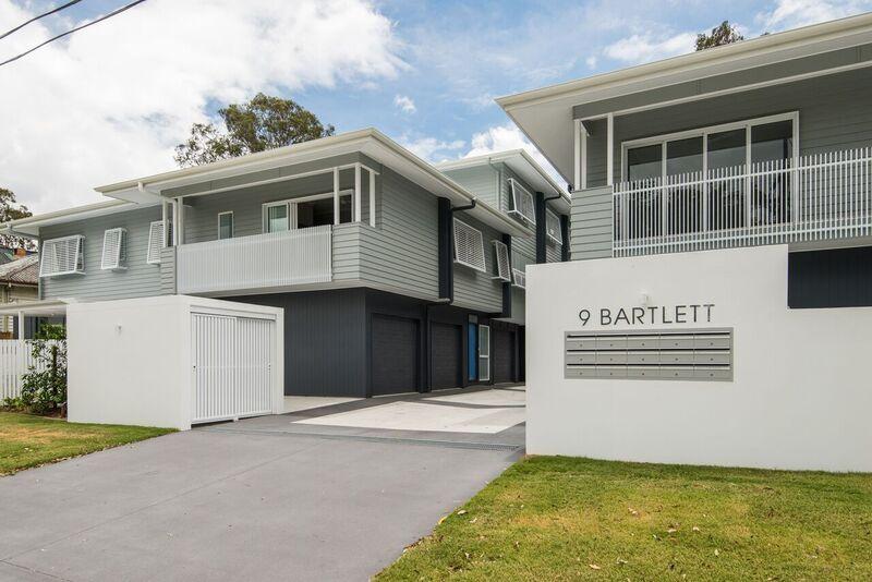 2/9 Bartlett Street, Morningside QLD 4170, Image 0