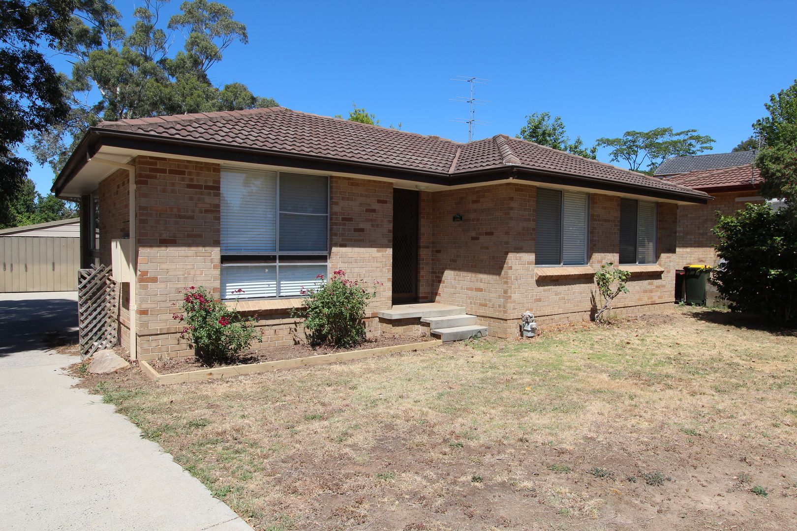 6 Campbell Crescent, Moss Vale NSW 2577, Image 0