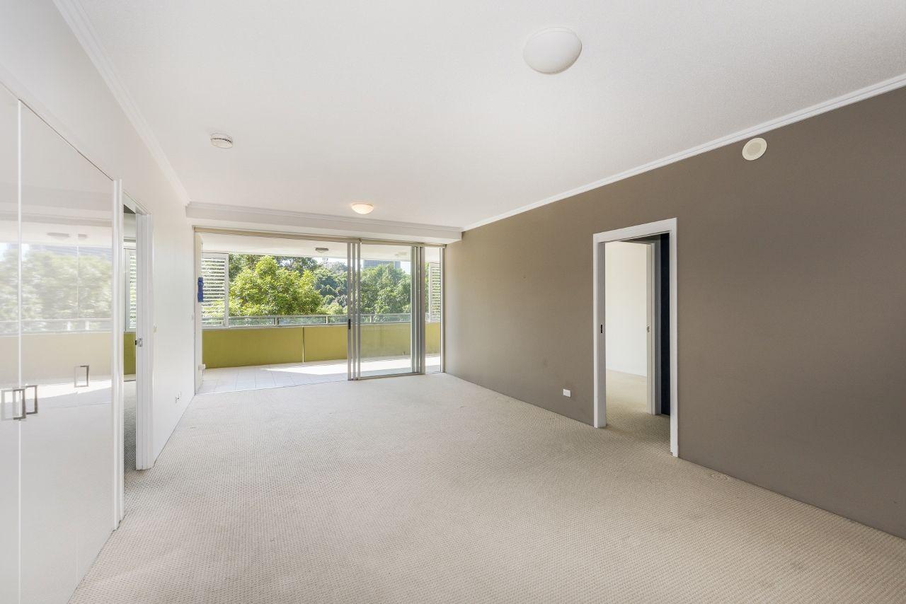 7086/7 Parkland Boulevard, Brisbane City QLD 4000, Image 2