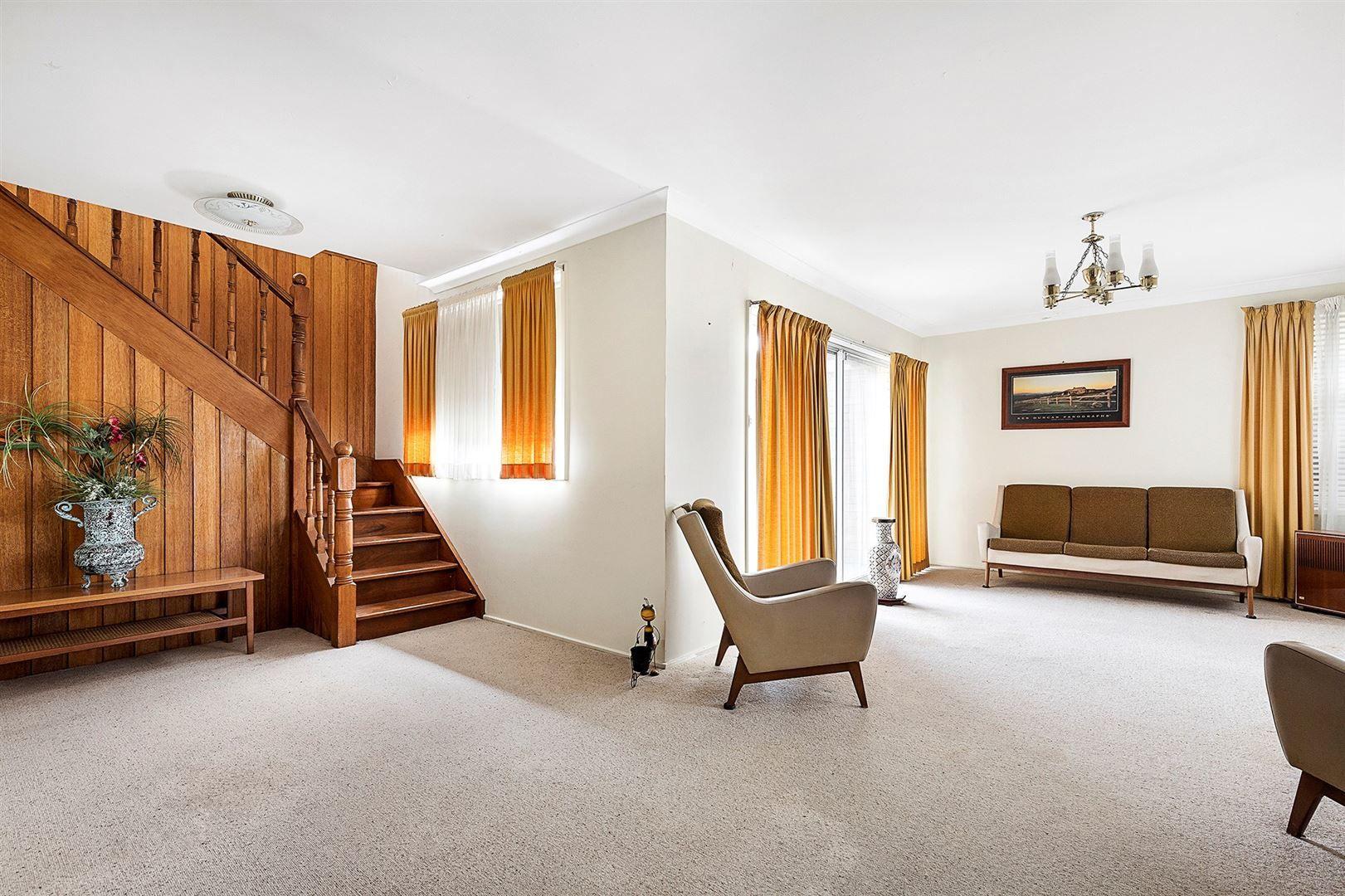 5 Braddock Place, Baulkham Hills NSW 2153, Image 2
