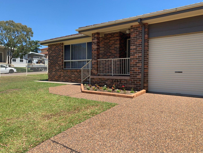 36 Twinlakes Drive, Lake Haven NSW 2263, Image 0