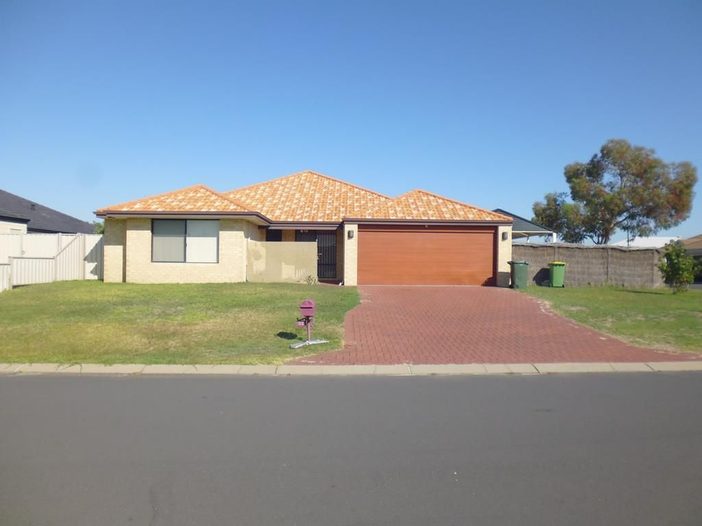 32 Grandite Fairway, Australind WA 6233, Image 0
