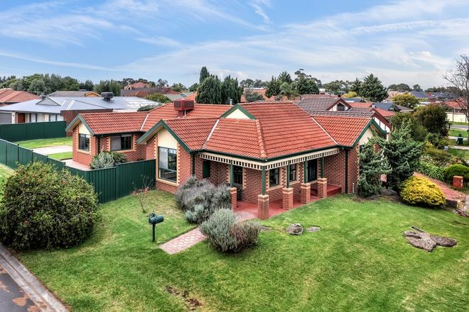 Picture of 10 Satterly Way, ROXBURGH PARK VIC 3064