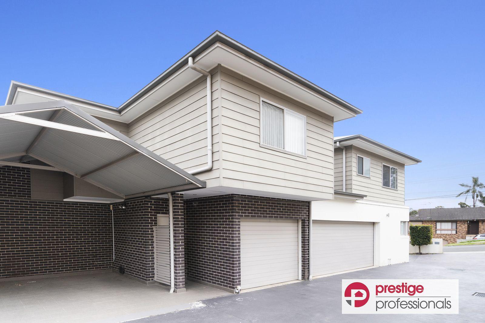 2/64 Junction Road, Moorebank NSW 2170, Image 0
