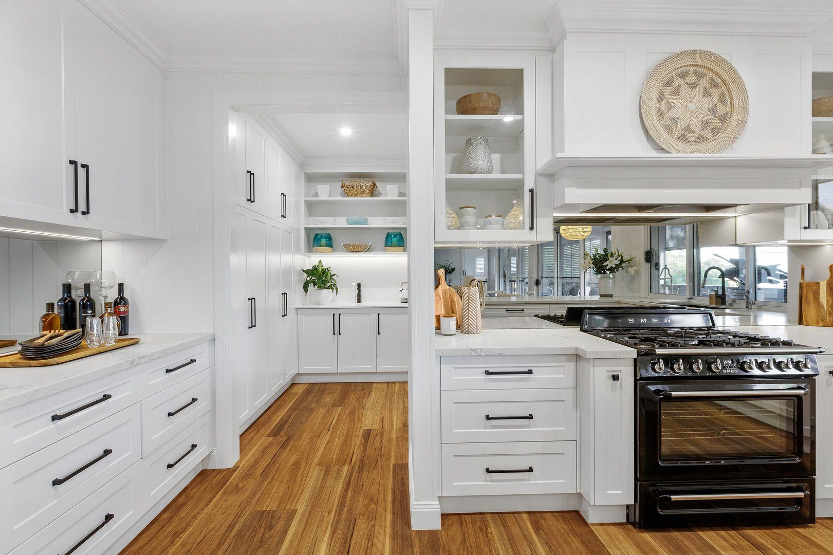 11 Jaora Street, Graceville QLD 4075, Image 2