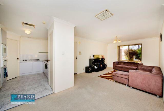 1/5 Braewood Court, Nollamara WA 6061, Image 2