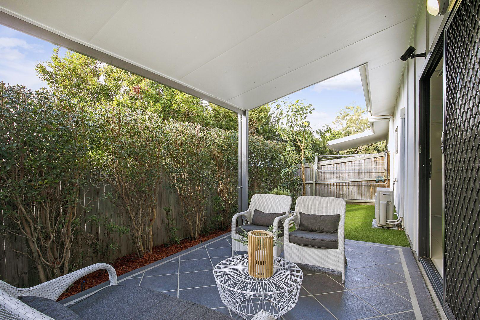 2/39 Dickenson Street, Carina QLD 4152, Image 1