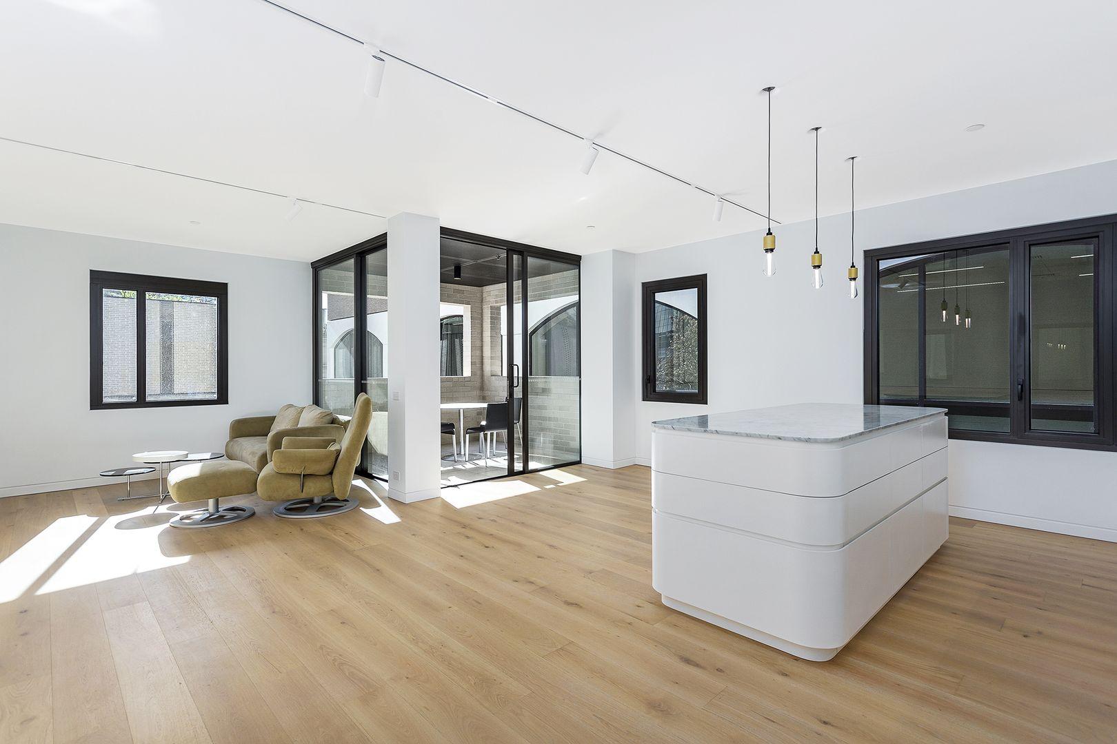2 bedrooms Apartment / Unit / Flat in 401/18 Loftus Street SYDNEY NSW, 2000
