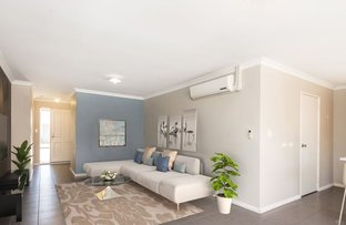 Picture of 24/11 Hazlett Way, Canning Vale WA 6155