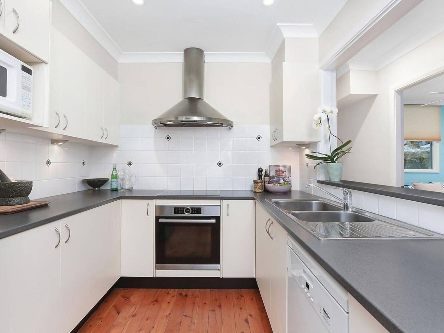 1 Chakola Ave, Hornsby Heights NSW 2077, Image 2