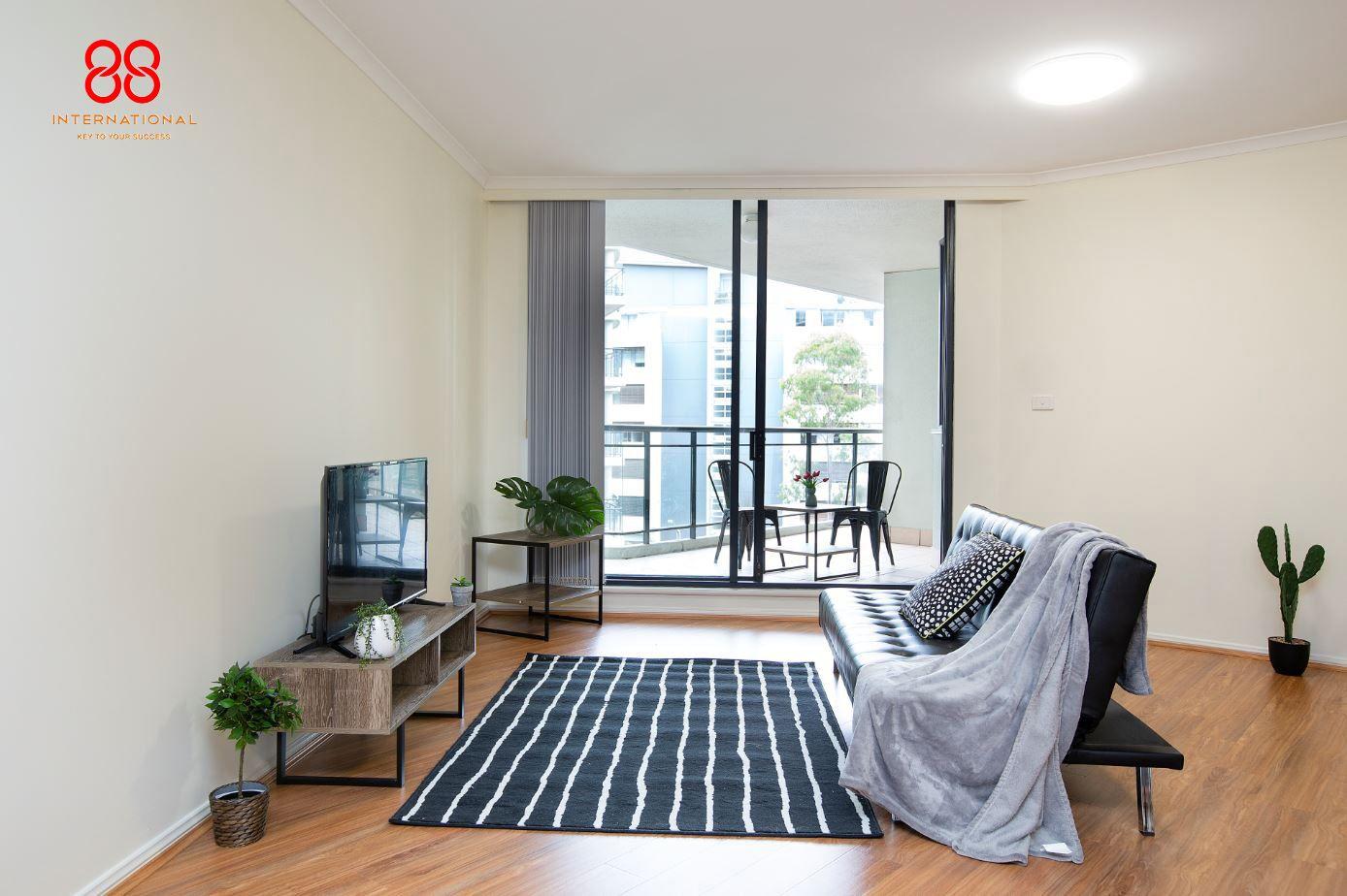 706/7 Keats Avenue, Rockdale NSW 2216, Image 2