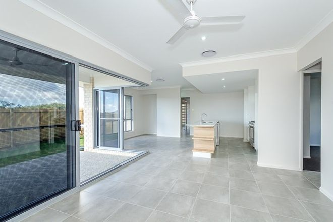 Picture of 39 Fitzroy Avenue, CLINTON QLD 4680