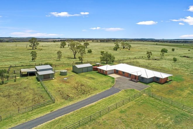 Picture of 34 Gowrie Mountain School Rd, KINGSTHORPE QLD 4400