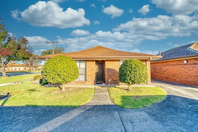 Picture of 1/19 Lyall Street, CRANBOURNE VIC 3977