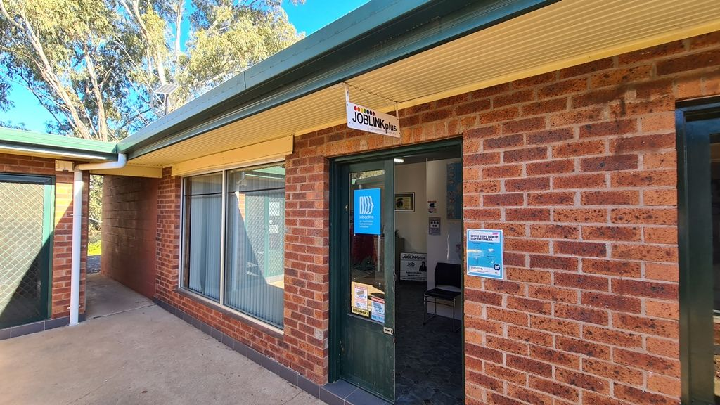 2/12 Miller Street, Gilgandra NSW 2827, Image 0