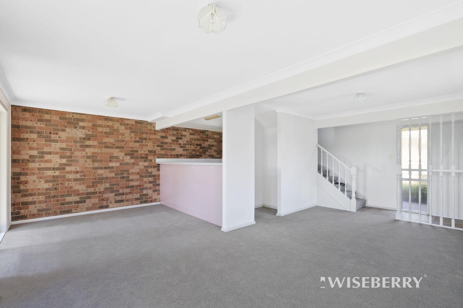 2/8 Lonsdale Close, Lake Haven NSW 2263, Image 2