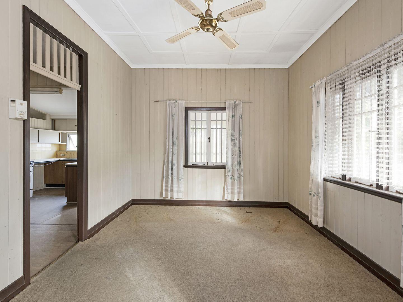 18 Kadanga Street, Ashgrove QLD 4060, Image 2