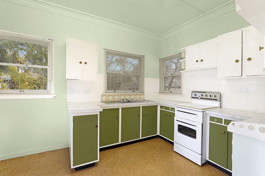 23 Vista  Street, Caringbah NSW 2229, Image 2