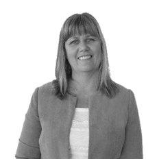 Julie O'Callaghan, Sales representative