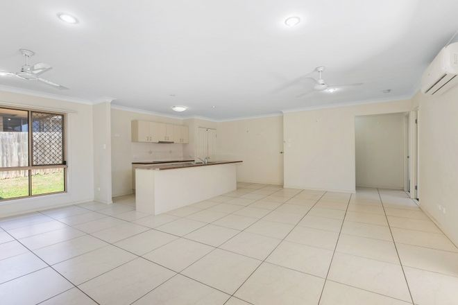 Picture of 83 High Street, BLACKSTONE QLD 4304