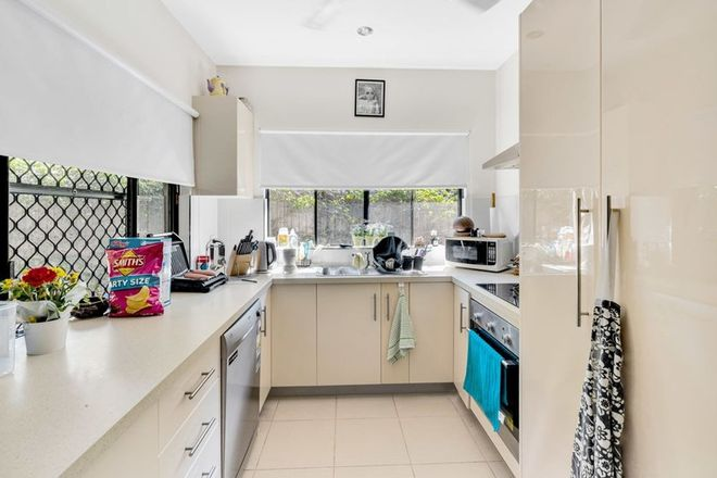 Picture of 2/1 Savaii Close, PALM COVE QLD 4879