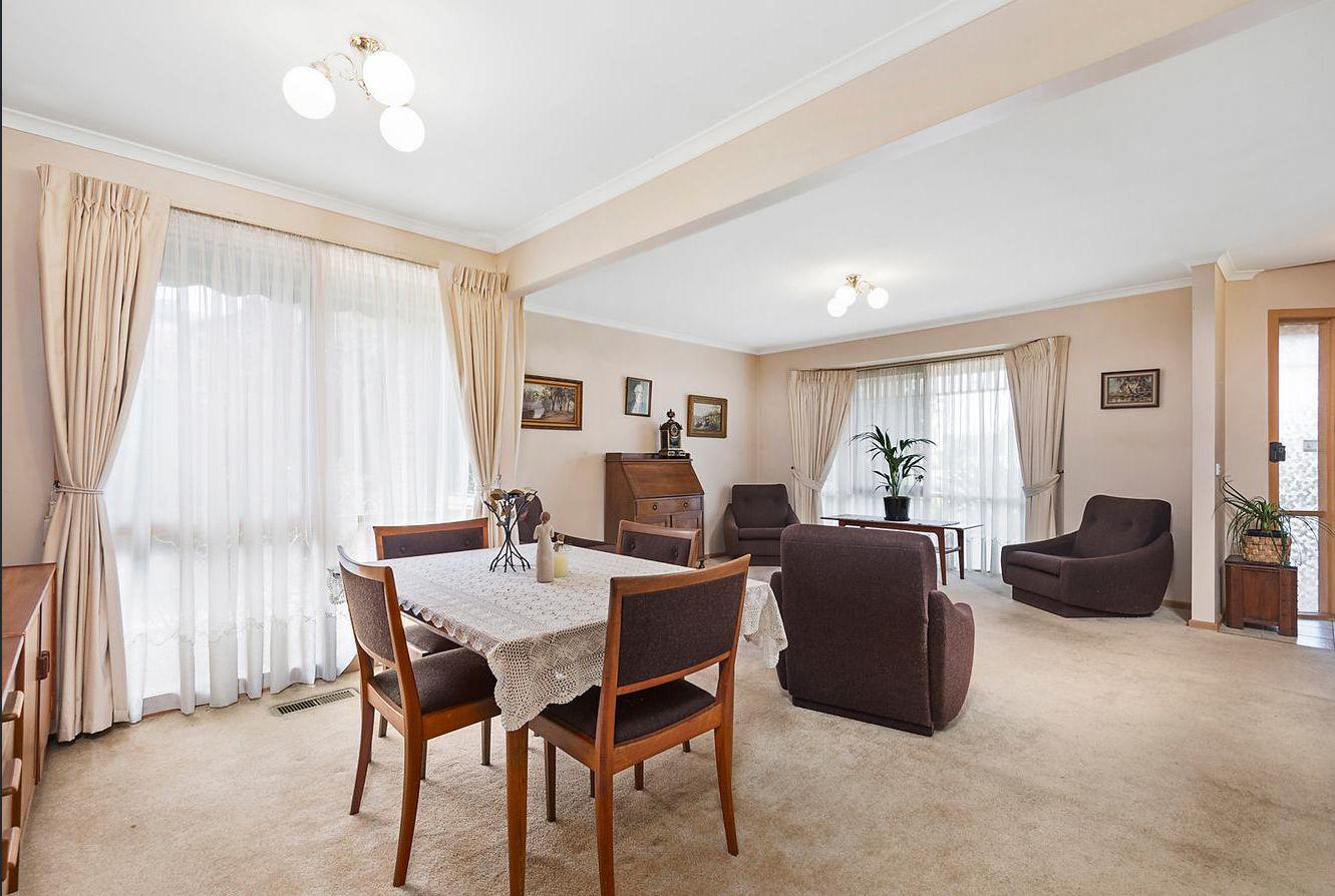 10 Wattlebird Place, Knoxfield VIC 3180, Image 1